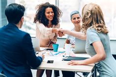 These 17 Tips Will Help Turn Your Job Interview Into a Job Offer Group Interview, Job Interview Questions, Job Interview Tips, Virtual Jobs, How To Motivate Employees, Kind Person, Employee Engagement, Job Offer, Workplace