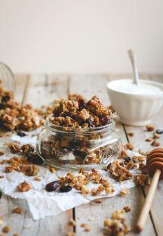 tart cherry & coconut granola