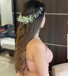 Engagement Hairstyles, Long Hair Wedding Styles, Indian Bridal Hairstyles, Wedding Hairstyles For Long Hair, Bride Hairstyles, Bridal Hair Buns, Bridal Hairdo, Open Hairstyles, Ethnic Hairstyles