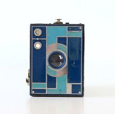 Vintage Art Deco Camera - Kodak Beau Brownie in Blue by bellalulu on Etsy https://www.etsy.com/listing/154070889/vintage-art-deco-camera-kodak-beau