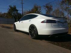 "Tesla Model S P85+ on 22"" Vossen CVTs refinished in matte anthracite. (Via Nick Bibeault on Facebook)"