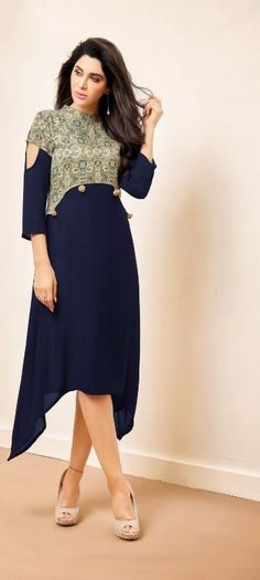 New stylish kurti neck designs for women - ArtsyCraftsyDad Printed Kurti Designs, Kurti Neck Designs, Dress Neck Designs, Salwar Designs, Blouse Designs, Sleeve Designs For Kurtis, Neck Design For Kurtis, Stylish Kurtis Design, Kurti Patterns