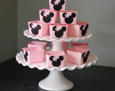 Minnie Mouse Candy Cups Minnie Mouse Favors Minnie by GiggleBees. Useful to use for a candy buffet. Minnie Mouse Favors, Minnie Mouse Decorations, Minnie Mouse Pink, Minnie Mouse Party, Mouse Parties, Mickey Mouse, Minnie Birthday, Baby Birthday, Birthday Favors