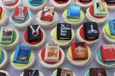 These make me smile. Book Cupcakes