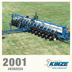 2001 KINZE Planter