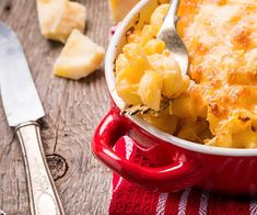 Mac & cheese décadent Mac Cheese, Macaroni And Cheese, Sauce Béchamel, Ethnic Recipes, Food, Chicken, Tasty Food Recipes, Gratin, Meat