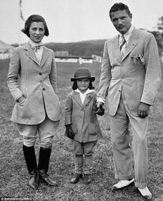 Back in the day: A young Jackie strikes a pose with her parents in Southampton in 1934