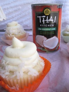 Coconut lovers cupcakes
