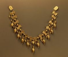 Necklace, Late 4th century BCE, Russia (Now Ukraine) The Hermitage Museum