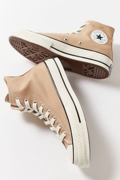 Mode Converse, Brown Converse, Outfits With Converse, Cute Converse Shoes, Colored Converse, Converse Sneakers, Jordan Shoes Girls, Girls Shoes, Shoes For Women