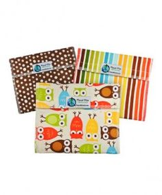 Re-Usable Snack and Sandwich Bags *Super cute patterns! http://www.frugallivingandhavingfun.com/2012/07/re-usable-snack-and-sandwich-bags-super-cute-patterns/