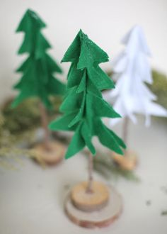 HowToConsign.com found this for you: Pottery Barn inspired Christmas trees of felt. This site is also a source of the supplies if you need them! Christmas Trees For Kids, Christmas Tree Wreath, Felt Christmas, Christmas Crafts, Special Needs Art, Factory Direct Crafts, Pottery Barn Inspired, Crafts For Kids, Merry