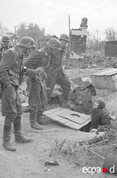 A German patrol searching the ruins inside Stalingrad...