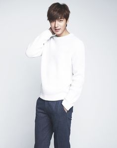 a deluge of pictures of Heirs' Lee Min Ho |Sources | Credit as tagged | DAUM | Naver…
