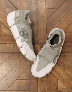 Nike Sportswear is adding to the Footscape series with a Flyknit built edition. Built on a DM sole, the Flyknit upper is supported by a suede strap that is locked down with a draw string. Adidas Sl 72, Adidas Nmd, Adidas Samba, Adidas Superstar, Adidas Shoes, Kids Sneakers, Casual Sneakers, Yeezy, Adidas Originals