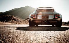 Singer Porsche 911/993   Cars Move Us