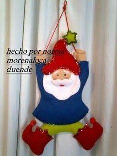 Santa con Pino Papa Noel Manteles Santa Cloos San... Christmas Stockings, Christmas Ornaments, Santa, Holiday Decor, Home Decor, Google, Blog, Ideas, December