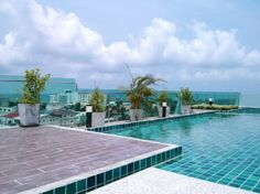 Short term holiday rentals at Pattaya. Vacation apartments and villas for rent. 1st Apartment, Vacation Apartments, Condos For Rent, Pattaya, Jacuzzi, Rooftop, Sunnies, Swimming Pools, Villa