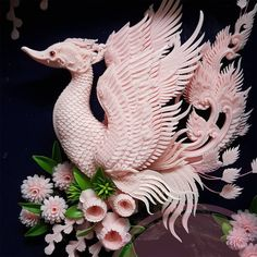 Dragons and Floral Designs Carved from Soap and Melons Drachen und Blumenmuster aus Seife und Melone Soap Sculpture, Modern Sculpture, Dragons, Floral Tattoo Design, Floral Designs, Soap Colorants, Soap Carving, Colossal Art, Thai Art