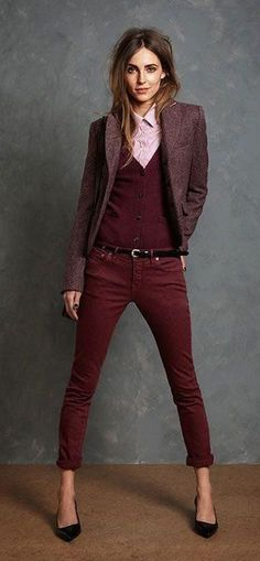 34 Cute and Fashionable Outfits in Burgundy // Sortra