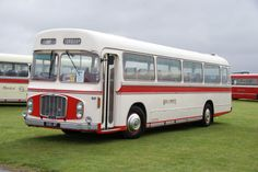 Red & White bus RC968 (OAX 9F)