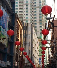 Trippin': Exploring Binondo, Manila's Chinatown - Church, Crystal-shopping, The Wai Ying Experience, and Bakery-hopping [The Cityscapes Series] Ends Of The Earth, Crystal Shop, Blue Purse, Manila, Asia Travel, Philippines, Exploring, Beautiful Places, Cityscapes