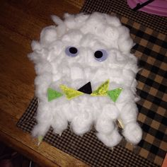 Cotton ball Ghost Halloween crafts for kids