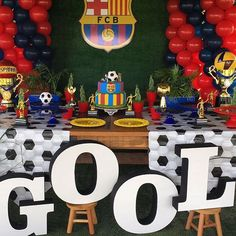 18th Birthday Party Themes, Soccer Birthday Parties, Sports Theme Birthday, Mickey Mouse 1st Birthday, Party Themes For Boys, Soccer Party, Sports Party, Barcelona Party, Ideas