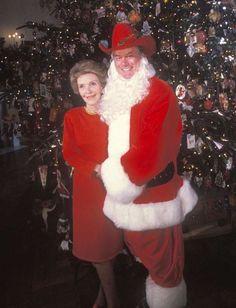Dallasin J.R:ää näytellyt Larry Hagan yllätti Nancy Reaganin jouluna 1985.