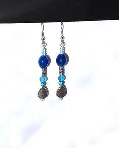 Boucles d'oreilles ethnique perles verre et cristal / bleu turquoise, bleu aqua, bleu saphir / cadeau de Noël / cadeau femme -fille / de la boutique COCOHcreation sur Etsy #EtsyGifts #EtsySuccess #handmade #faitmain #bijouxfantaisie #jelweries #cadeaudenoel