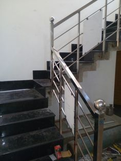 Cost of Stainless Steel Handrails Works Steel Stairs Design, Staircase Railing Design, Steel Gate Design, Staircase Handrail, Iron Gate Design, Home Stairs Design, Railing Ideas, Railings, Balcony Grill Design