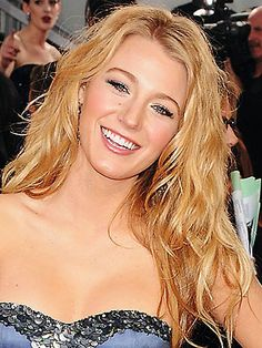 Blake Lively, I love her hair! Oh, and she's jus beautiful