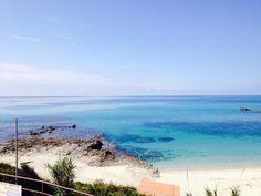 Il promontorio di #CapoVaticano direttamente da una delle 100 #spiagge più belle al mondo secondo una nota rivista francese, dove? In #Calabria!!! La #spiaggia di #Grotticelle nel Comune di #Ricadi vicino #Tropea. Qui portiamo i nostri ospiti ogni giorno...#CalabriaTime.