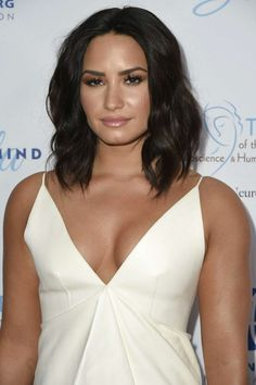 Demi Lovato's close-up at the Open Mind Gala in Los Angeles