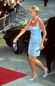 """""""what a great day to remember princess diana"""" Marilyn Monroe And Jfk, Great Minds Think Alike, Princess Diana Pictures, Perfect Legs, Lady Diana Spencer, Norma Jeane, Tights, Bodycon Dress, Formal Dresses"""