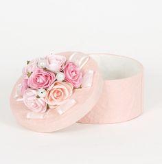 Shabby chic pink hat box
