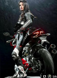 Shared by Motorcycle Fairings - Motocc Lady Biker, Biker Girl, Motocross, Motard Sexy, Chicks On Bikes, Cafe Racer Girl, Motorbike Girl, Motorcycle Gear, Leder Outfits