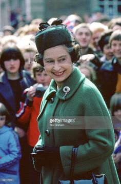 Queen Elizabeth II On A Walkabout In Worcester  (Photo by Tim Graham/Getty Images)