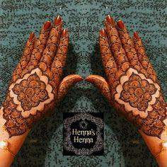 Palm Mehndi Design, Simple Arabic Mehndi Designs, Back Hand Mehndi Designs, Latest Bridal Mehndi Designs, Stylish Mehndi Designs, Mehndi Designs Book, Mehndi Designs For Girls, Mehndi Design Photos, Wedding Mehndi Designs