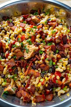 A quick and easy pasta salad with BBQ chicken and bacon in a creamy BBQ sauce dressing! Easy Dinner Recipes, Pasta Recipes, Salad Recipes, Chicken Recipes, Cooking Recipes, Healthy Recipes, Chicken Pasta, Bbq Chicken, Salad Chicken