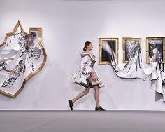 #FashionWeekinParis: the show of #ViktorRolf