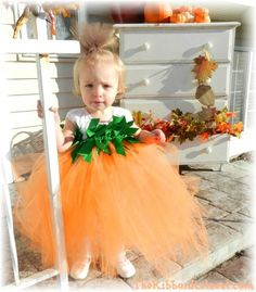 lil Pumpkin Tutu Costume - {The Ribbon Retreat Blog}