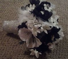 Black and white feather bling bouquet.