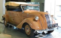 Toyota AB Phaeton, 1936.  Clearly the styling has its inspiration from the Chrysler Airflow :)