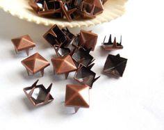 50 Antique Copper Pyramid Square Studs - 8mm