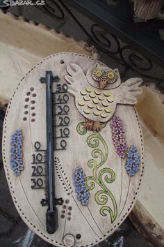 Wall Plaques, Clock, Cool Stuff, Pottery Studio, Terracotta, Pottery, Drawings, Tag Watches, Projects