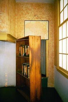 Maqueta De La Casa Del Escondite De Anne Frank World