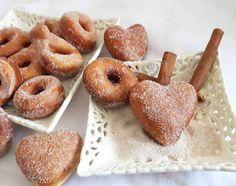 Donut mit Zucker und Zimt - Şekerli Tarçınlı Donut