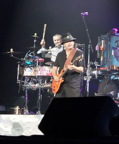Carlos Santana & Rod Stewart Allstate Arena near Chicago (Rosemont IL) on 8-16-2014 taken by Noah Seidenberg