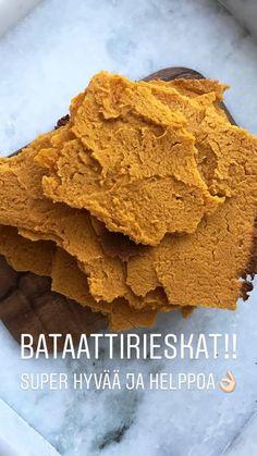 Bataattirieskoista saa herkullisen leivän korvikkeen ja päälle voi taiteilla vaikka ja mitä. Super hyvää kuitenkin pelkän voin kanssa. http://www.monasdailystyle.com/2018/01/14/bataattirieskat-gluteeniton-maidoton-munaton/